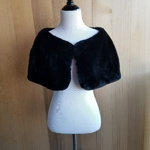 Vintage Black Faux Fur Caplet Collar Clip On Shawl